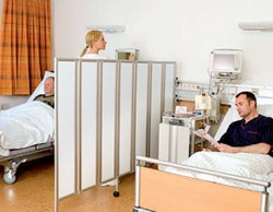 Folding-wall-in-nursing-or-care-homes-and-medical-practices-809-1.jpg