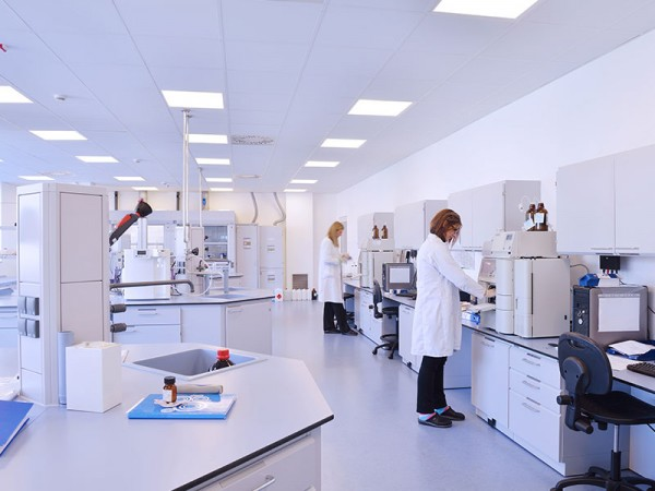 Paragon-Care-Images-2-Laboratory-and-Scientific-Services-Paragon-Care-Service_v1